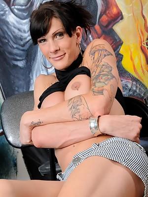 Brunette Tgirl sweetheart posing her juicy tits